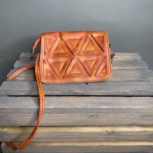 Vintage Leather Triangle Patch Detail Crossbody